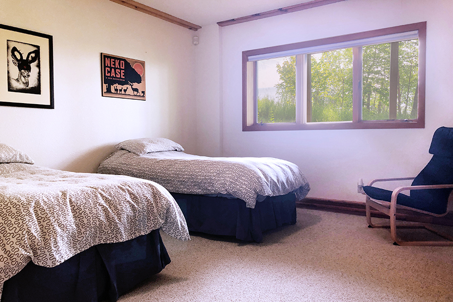 lake-superior-cabin-rental-highbrow-3rd-bedroom-3