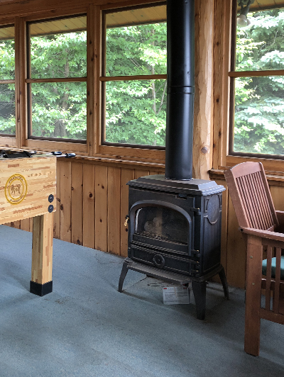 lake-superior-cabin-rental-highbrow-back-porch-2