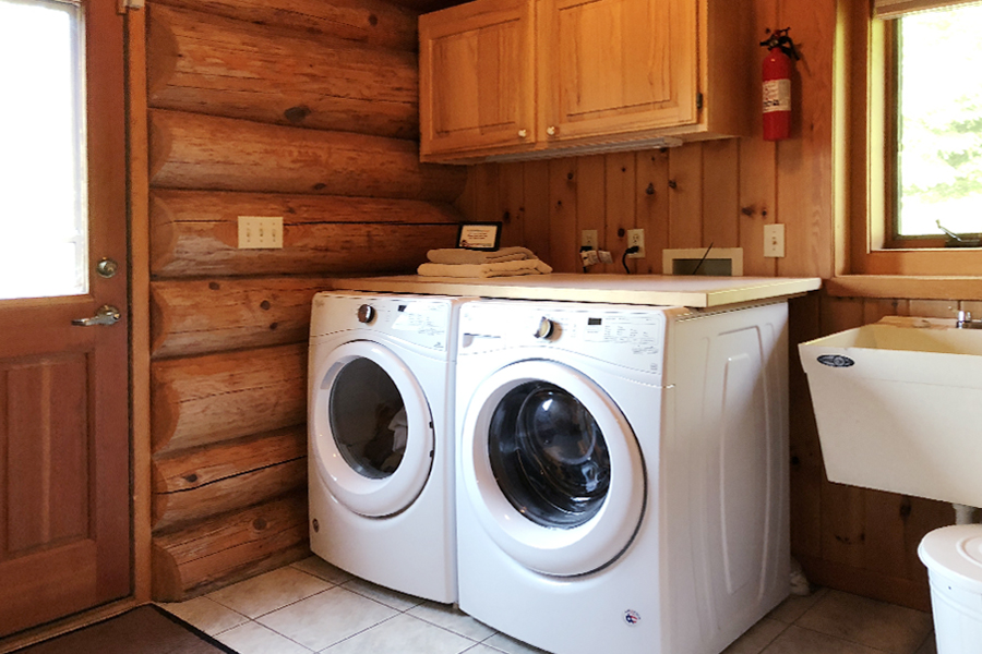 lake-superior-cabin-rental-highbrow-laundry